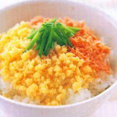 Resep Makanan Bayi 6-12 Bulan Sehat. Ini contoh nasi tim yang bisa dimakan sebagai MPASI. Kalau anak anda susah makan, silahkan berikan salah satu dari contoh resep yang ada disini.Mulai dari bubur, puree, snack bayi, semuanya ada disini.