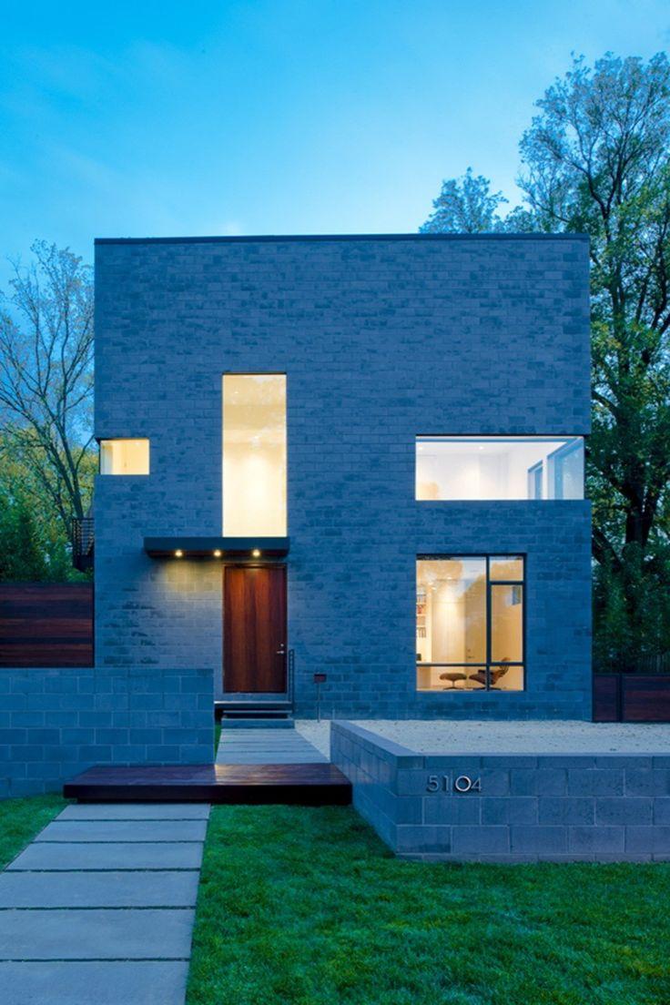 Hampden Lane House / Robert Gurney Architect, © Maxwell MacKenzie Architectural Photographer
