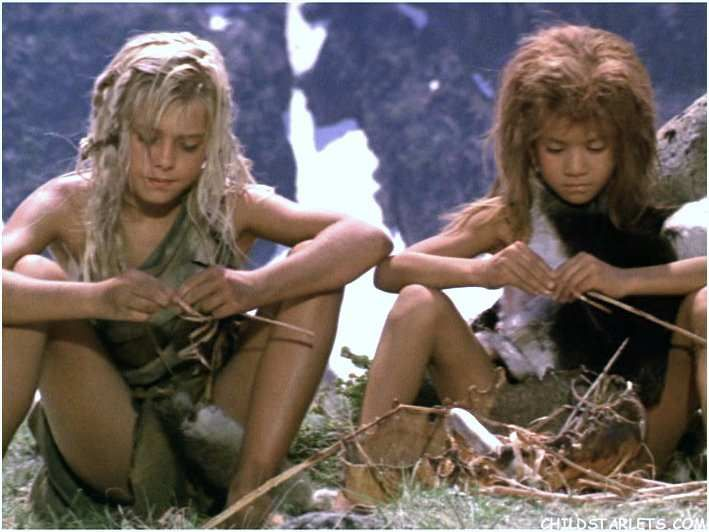 clan of the cave bear Watch the clan of the cave bear (1986) online free full movie putlocker at a time in prehistory when neanderthals shared the earth with early homo sapiens, a band of cave-dwellers adopt blond and blue-eyed ayla, a child of the .