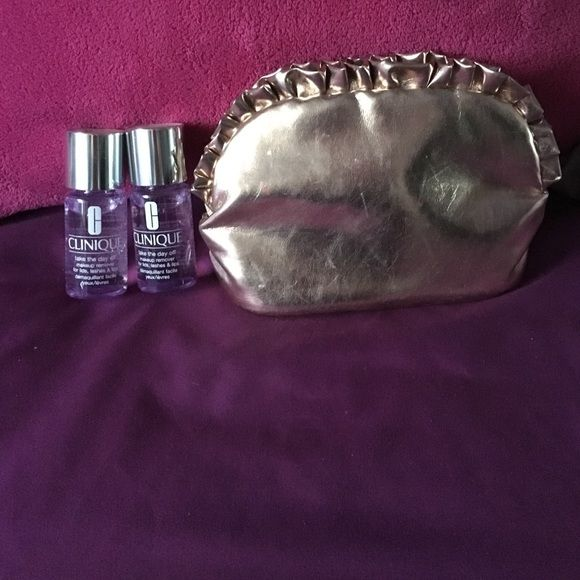 Never used two small Clinique make up removers Two 1.0 FL OZ of Clinique make up remover, never used nor open. Also a shiny pink Jessica Simpson make up case, has a little make up smudges on the inside which are shown. If you don't like this make up case, I can replace it with a different one :) Clinique Makeup