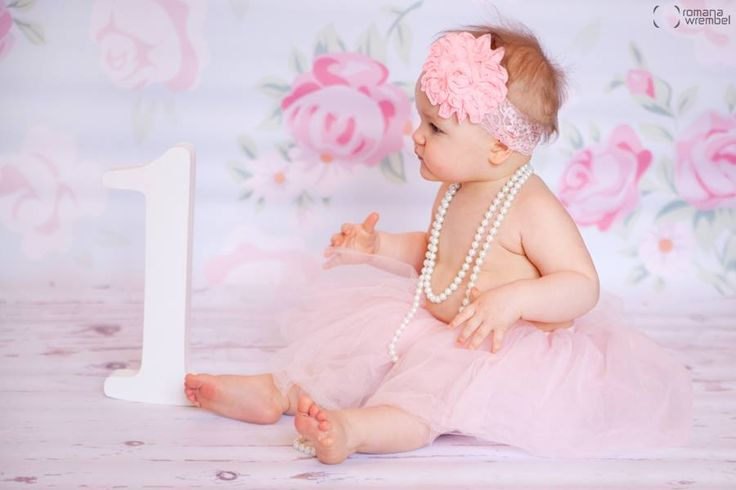 <3 baby photography