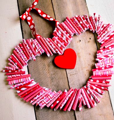 Valentine's day wreath made by Tatertots & Jello #valentine #valentijn #valentinesday #valentijnsdag