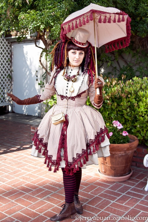 steampunk loltia outfit such an interesting look and the. Black Bedroom Furniture Sets. Home Design Ideas