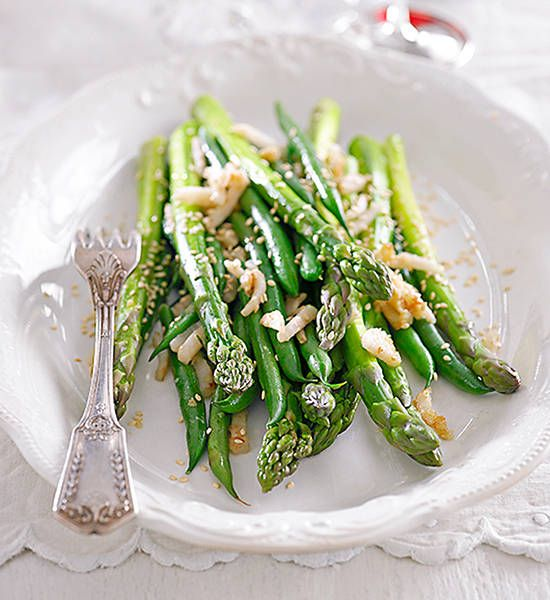 Bean and asparagus salad: The beans and asparagus can be prepared the day before. Store in a zip-lock bag in the vegetable crisper in the fridge.