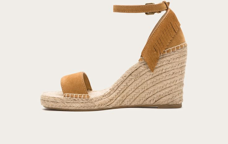Sand - Lila Feather Wedge