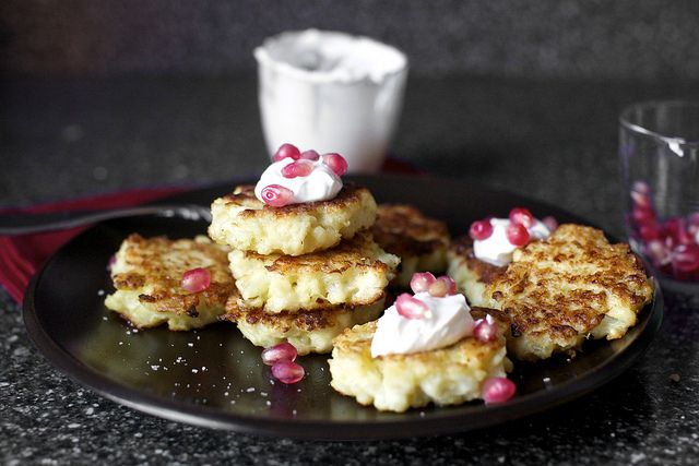 Cauliflower-Feta Fritters with Pomegranate by smittenkitchen: Yes please! Cauliflower Feta Pomegranate