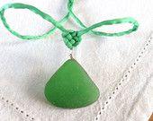 Kelly Green Seaglass Pendant