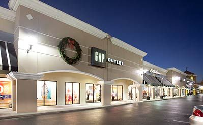 Swarovski outlet store is in orlando premium outlets - vineland ave located on 8200 vineland avenue orlando, fl 32821.