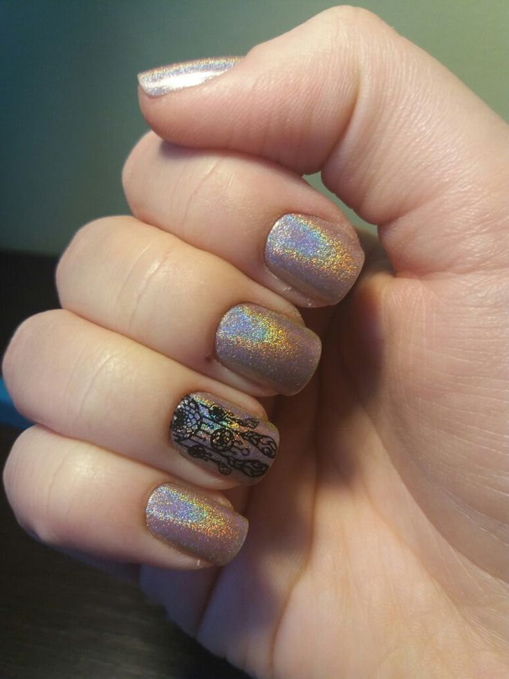 Holo dreamcather nails