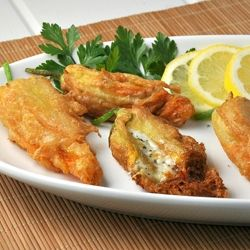 by susan wolfe via flickr delicate crispy fried zucchini blossoms ...