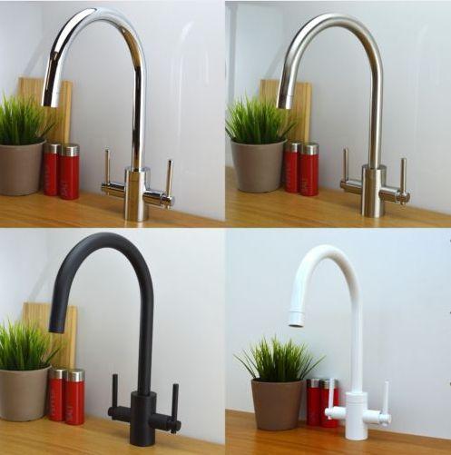 Asas dobles calientes mezclador frío grifo del lavabo grifo de agua de la cocina blanca grifo del fregadero