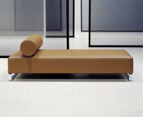 Tagesliegen | Relaxmöbel | Ginevra | Moroso | Ferruccio Laviani. Check it out on Architonic