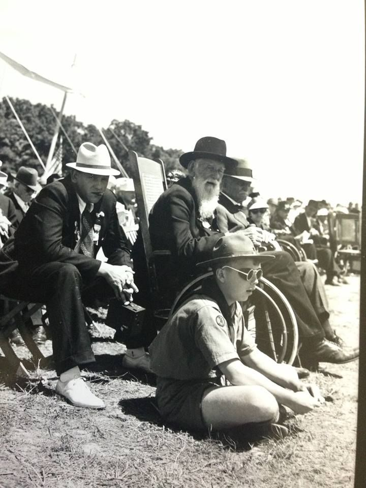 Civil War Veterans and a Boy Scout at the 1938 Gettysburg reunion.