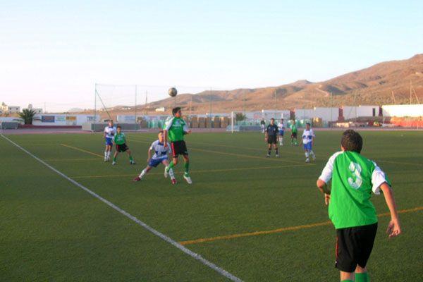 22 empresas han presentado sus propuestas para realizar las obras de instalación de césped artificial de los campos de fútbol de Gran Tarajal y la Oliva
