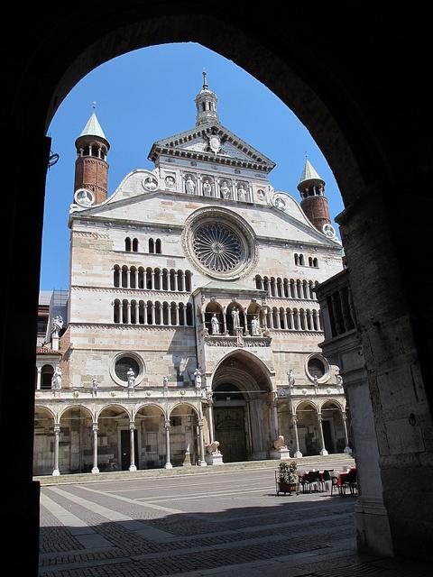 Vista del Duomo dalla loggia del Comune - Cremona, Italia