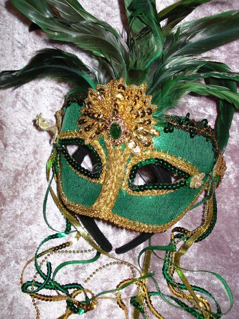 Venetian Cat Masks | Dark Green With Feathers Venetian Mask