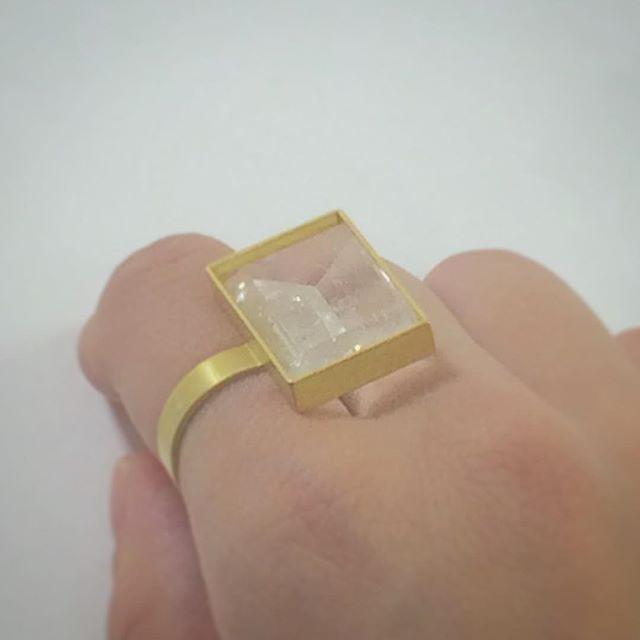 お父さんの誕生日プレゼントはお母さんの指輪  #etsukosonobe