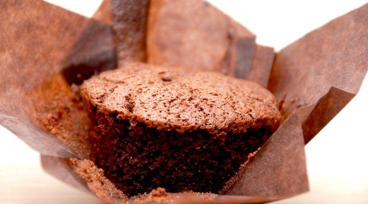 Verdens bedste chokolademuffins, der laves på under en halv time. Foto…