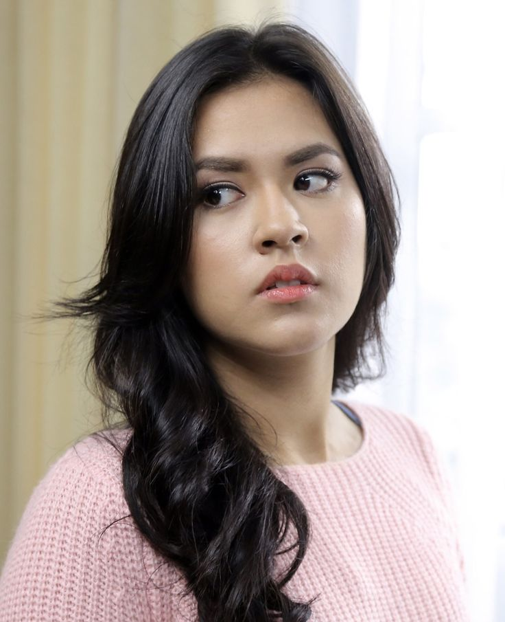Raisa Andriana, angel without wings