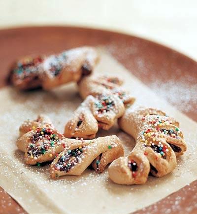 Sicilian spiced fig-nut cookies (cuccidati or buccellati)