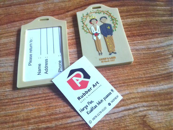 Jual dan produksi bag tag atau luggage tag karet custom souvenir pernikahan. Info order 082320333454 #bagtagkaret #bagtagkaretbandung #bagtagkaretjakarta #bagtagkaretmurah #bagtagkaretcustom #luggagetagkaret