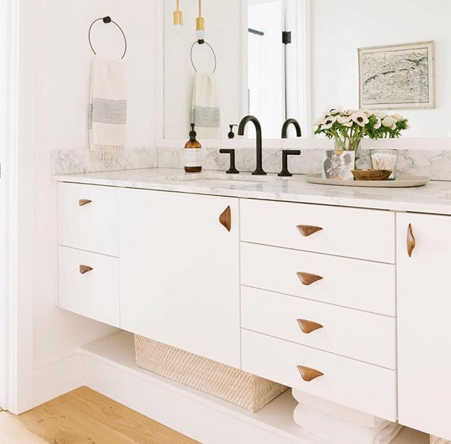 Loving The Clean And Creative Use Of Ikea Kitchen Cabinets