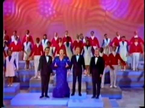 ▶ Kate Smith: A Patriotic Medley (with Bing Crosby, Andy Williams and Tennessee Ernie Ford) - YouTube