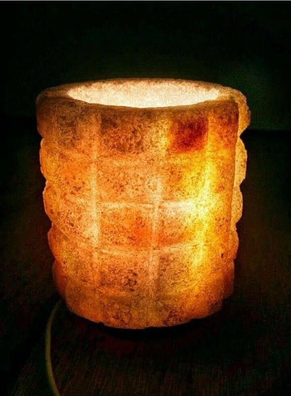اباجورة ملح صخرى على شكل اسطوانة حجم كبير هاند ميد فضلا عن شكلها الرائع الذي يصلح كقطعة ديكور مميزة للزينة تحسن الأجواء ال Paper Lamp Novelty Lamp Table Lamp