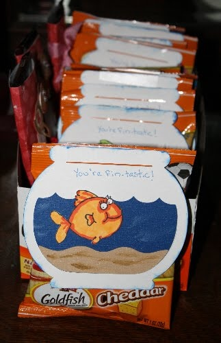I think you're Fin-Tastic!  You've got me hook, line, and sinker!    cute idea for Goldfish treats - make these labels but add a little more Valentine's Flair.