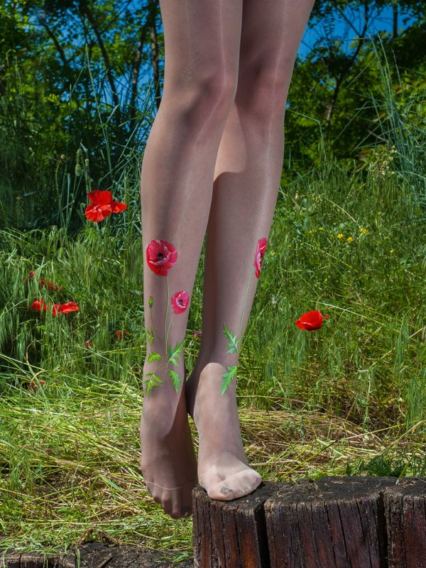 Beautiful poppy tights.   Superb quality thin sheer tights with printed poppy pattern on the legs (one side only).  The material is 20 denier, super thin but really elastic thanks to its Lycra content. It is light nude, but it is so thin, that fits to most (Caucasian) skin tones.