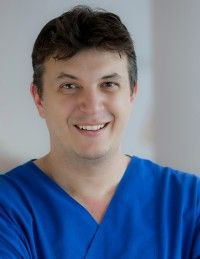 Şef lucrări Dr. Şerban BERTEŞTEANU - Chirurgie Estetica - ORL