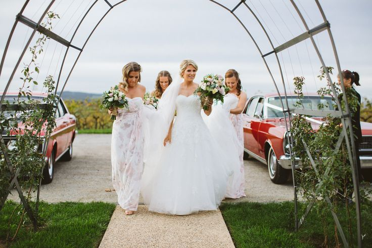 The Girls   Michael Briggs Photography  Red Earth Flowers  Vue on Halcyon   #wedding #bride #bridesmaids #flowers #yarravalley #vueonhalcyon