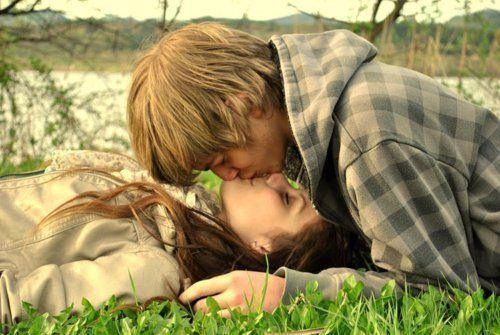 young love | couples kiss