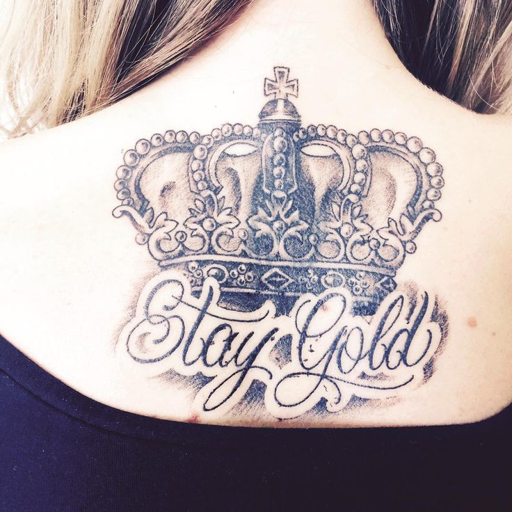 55 Noble Crown Tattoo Designs