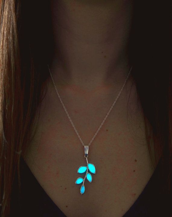 AQUA Glowing Necklace - Teen Gift - Glowing Jewelry - Glow in the Dark Leaf - Gifts for Her - Christmas Gift - Gift For Women - Birthday