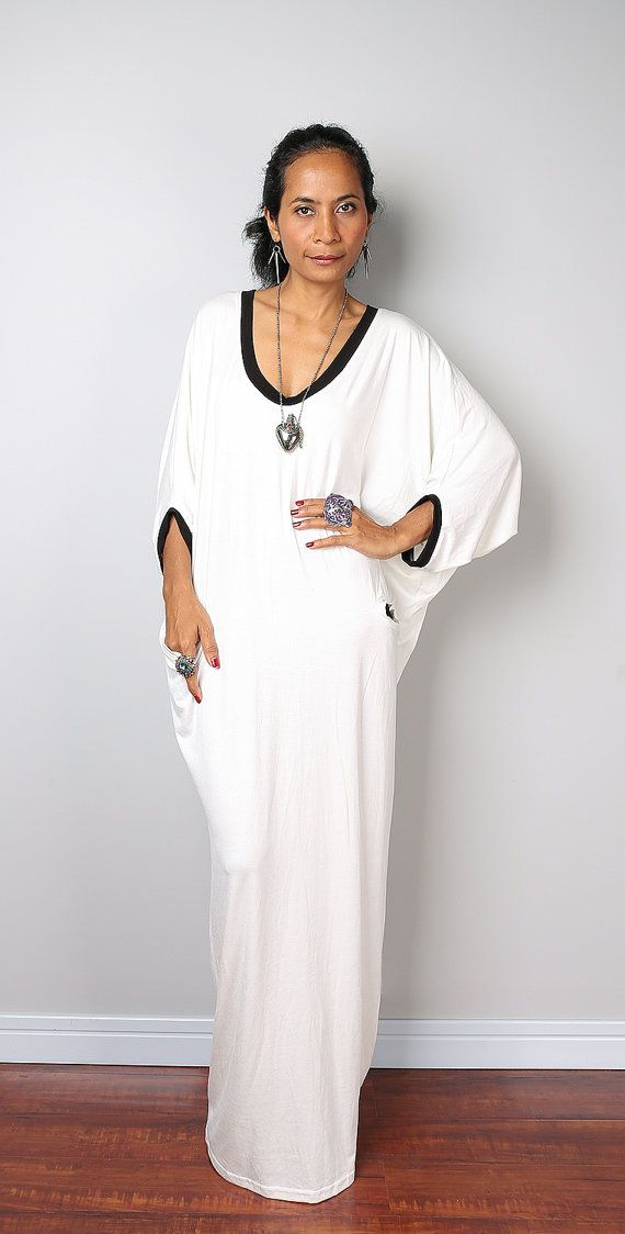 Black and White Maxi Dress -  Loose Fit 3/4 Sleeve off white dress : Autumn Thrills Collection No.14  (New Arrival)