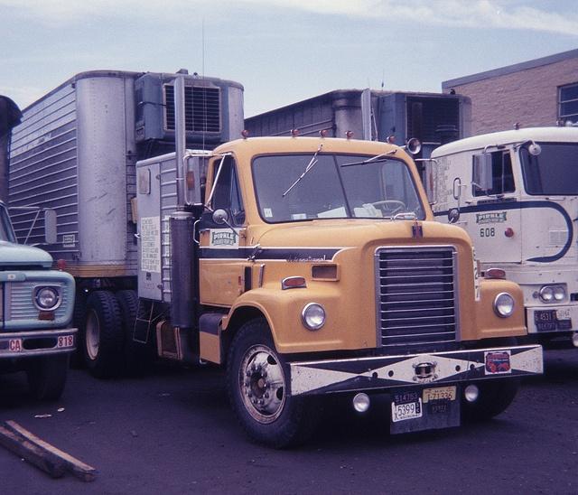 Antique International Harvester Semi Tractor : Best transtar dcf images on pinterest