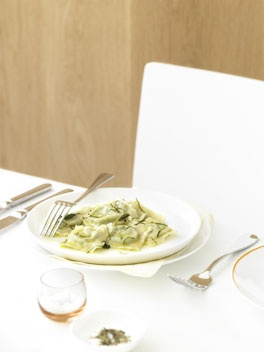 Pea ravioli - I added doubble ricotta, vinegar and a garlic clove to the filling + 1 leek to the butter sauce.