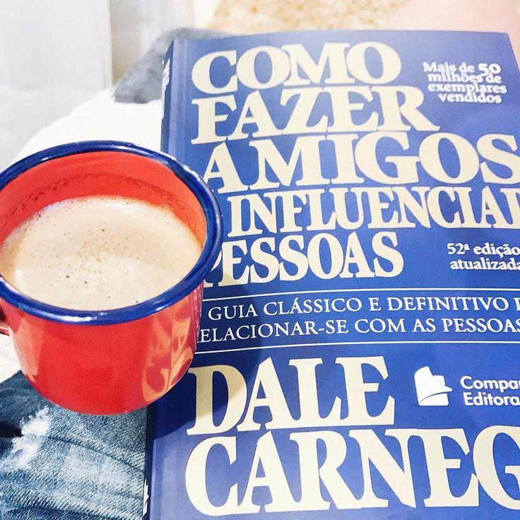 Bom dia ☕️ começando o domingo com uma boa leitura e um bom cafézinho  excelente dia para todos nós!