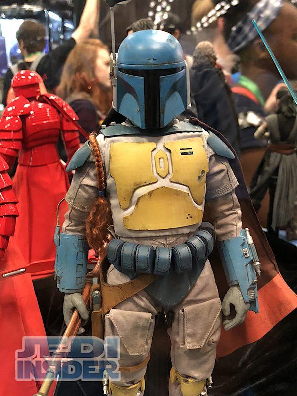#NYCC17 - Sideshow Toy/Hot Toys Booth Images - New Last Jedi Luke & Animated Boba Fett #StarWars