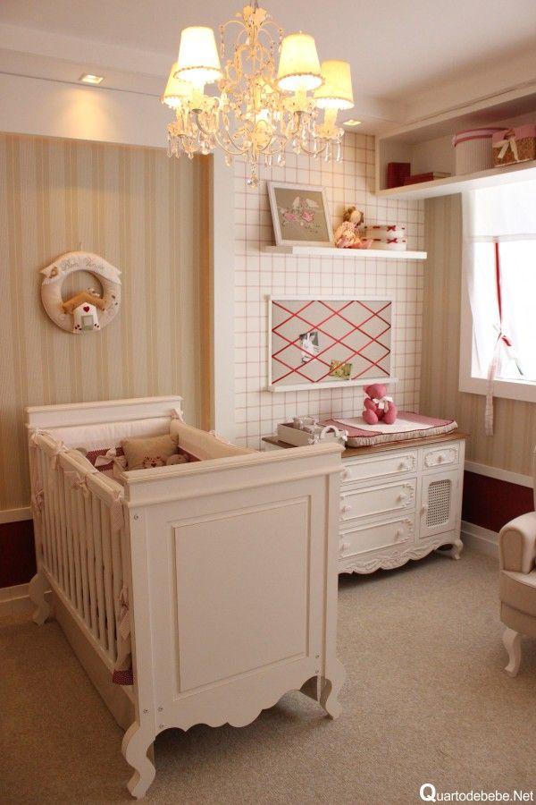 decoração de quartos vermelho, bege e branco