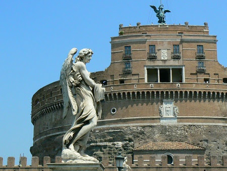 Castello San Angelo in Rome. Read more: http://www.imperatortravel.com/2013/01/things-to-do-in-rome-sights-accommodation-restaurants-and-many-other-tips.html