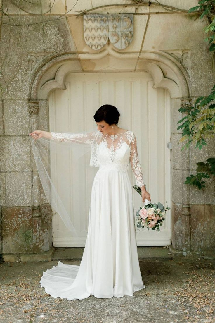 A four day wedding celebration Chateau St. Julien in Poitiers, France, captured by Brian Flink