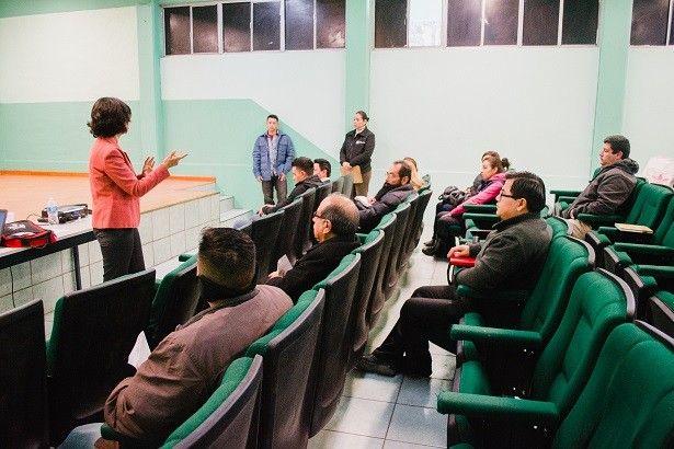 Sensibilizan a docentes de Conalep II para fomentar la cultura de paz a través de la mediación | El Puntero