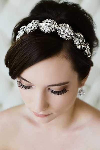 お洒落花嫁なら♡キラキラカチューシャで大人可愛いスタイルにキマリ*にて紹介している画像