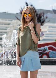 Eea Ikeda - Wego Sunglasses, Nixon Watch, H&M Top, Zara Skort - Holiday