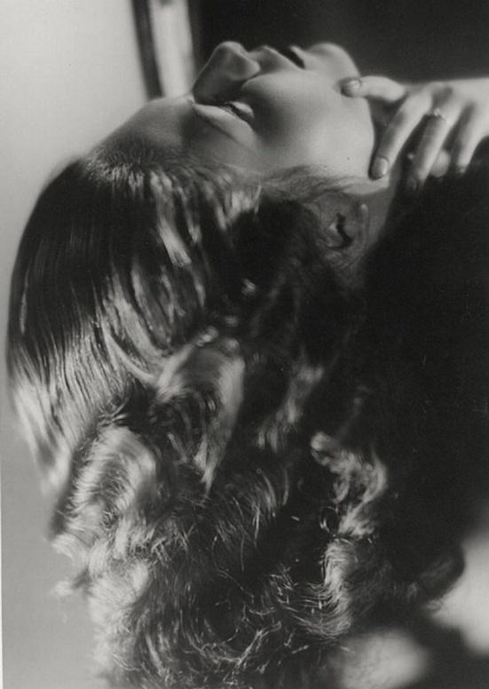 Laure Albin Guillot - La Flamme, 1935