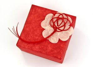 JAPANESE GIFT WRAPPING