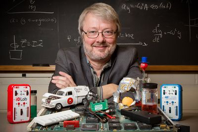 University of Illinois physics professor Mats Selen named Professor of the Year.