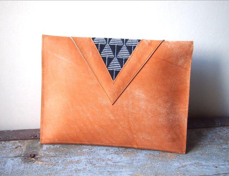 Pochette ethnique cuir et coton tissé